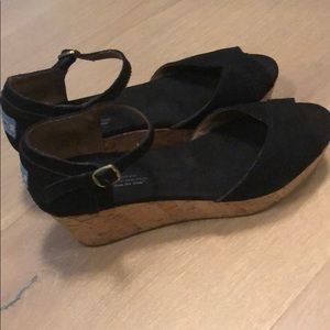 Toms suede open toed wedges